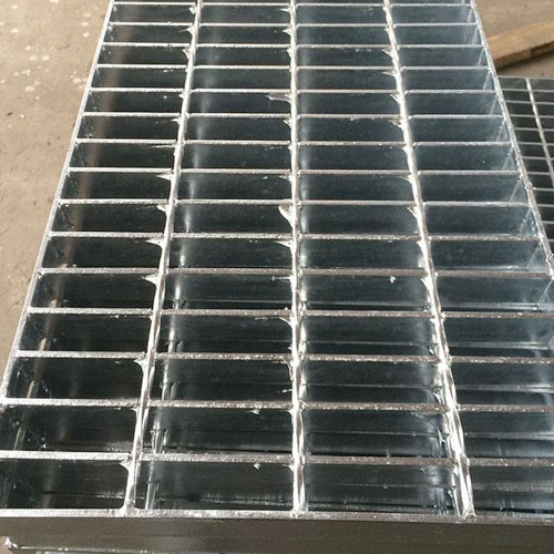 China factory galvanized serrated steel grating