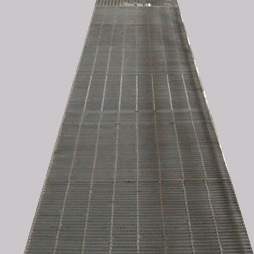 Wholesale professional grating 30x100mm metal mesh flooring platform steel grating plate price